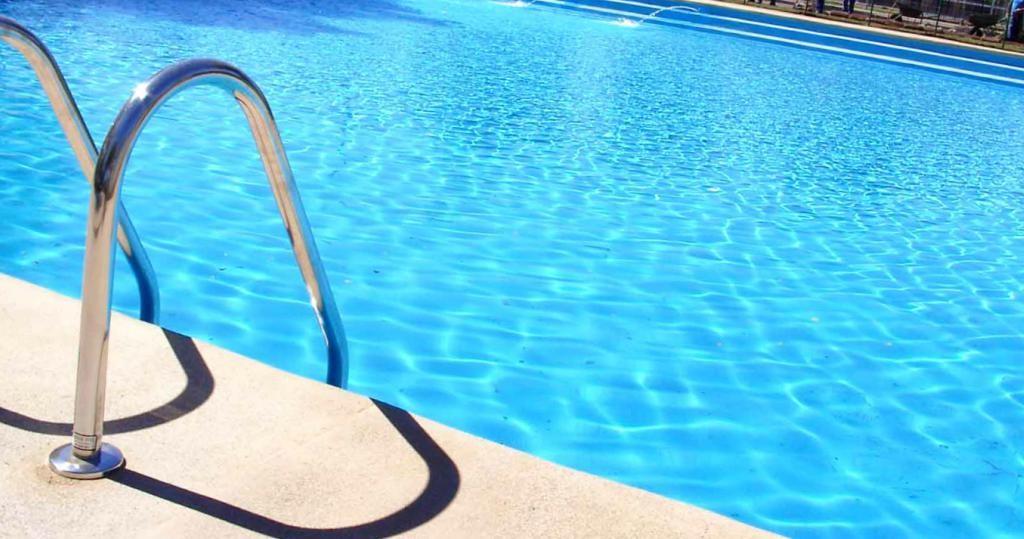 Servicios de tratamiento de piscinas Valencia - Empresa profesional
